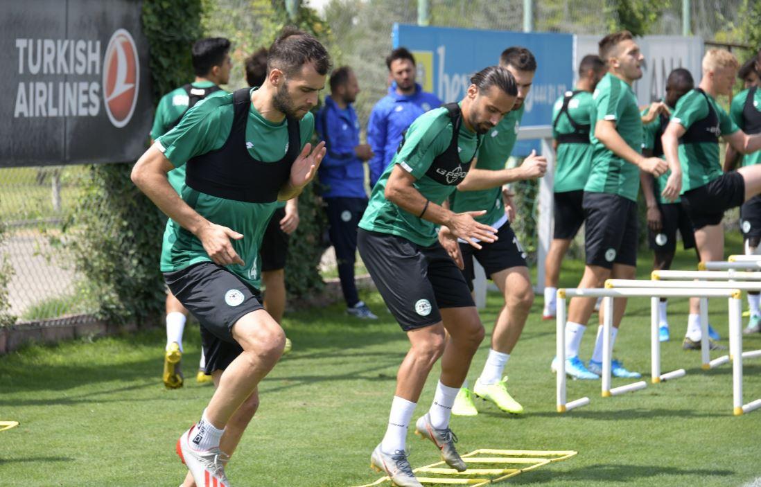 """Selçuk Aksoy: """"Galatasaray'dan çekinmiyoruz, kazanmak için sahaya çıkacağız"""""""