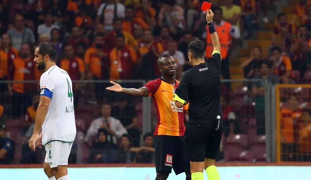 Galatasaray geçen sezonu yakaladı! İlk üç hafta üç kırmızı kart...