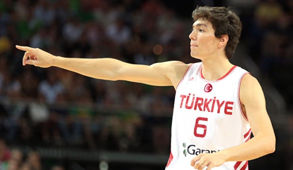 """Cedi Osman: """"Bütün rakiplerimize karşı en iyi basketbolumuzu oynamaya çalışacağız"""""""