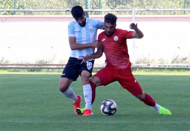 Sivas Belediyespor hazırlık maçında güldü