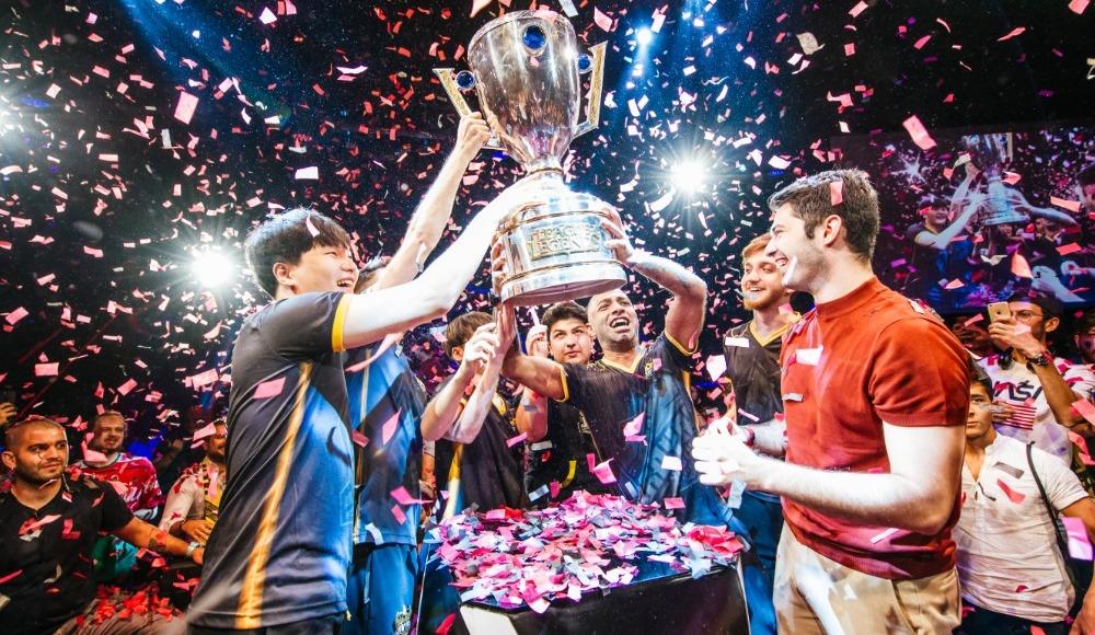 League of Legends Türkiye Büyük Finali'nde Şampiyon Royal Youth!