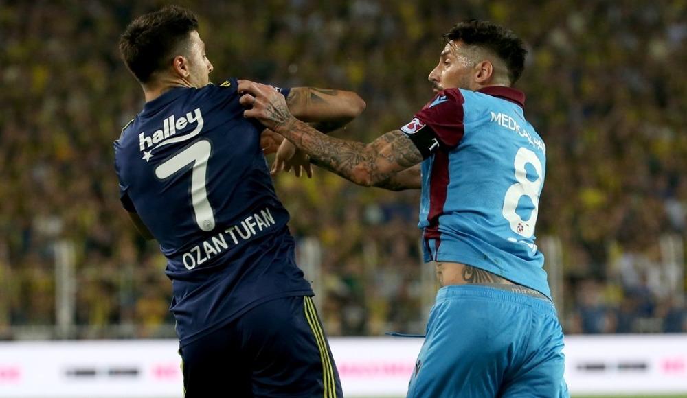 Jose Sosa ve Ozan Tufan arasında gerginlik!