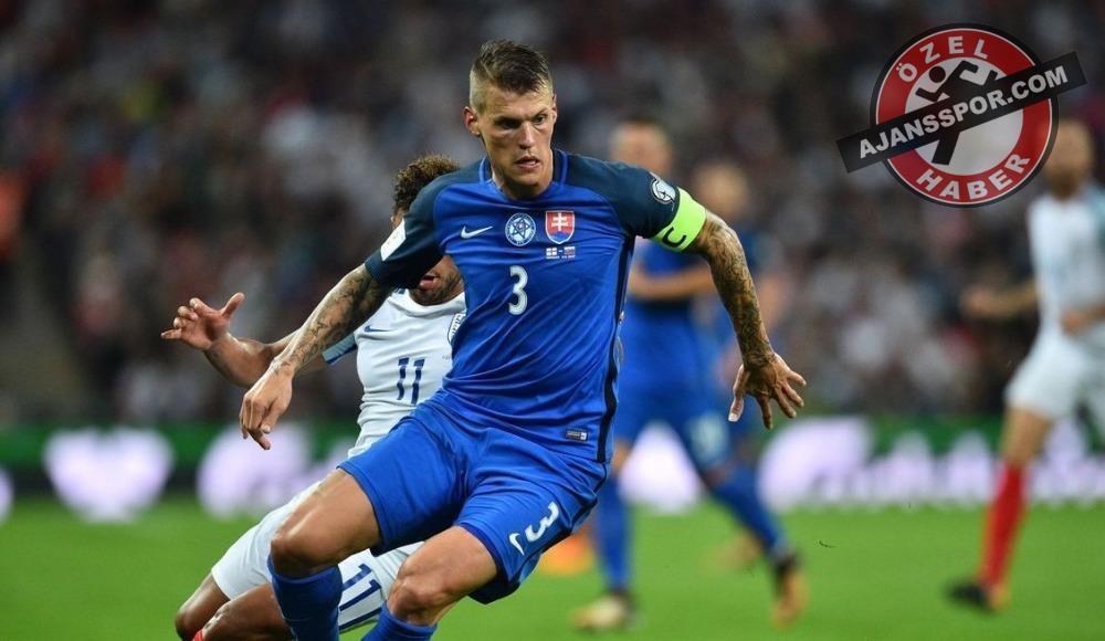 """Martin Skrtel'in menajeri canlı yayında açıkladı: """"Juventus'u bile reddetti, İstanbul dedi"""""""
