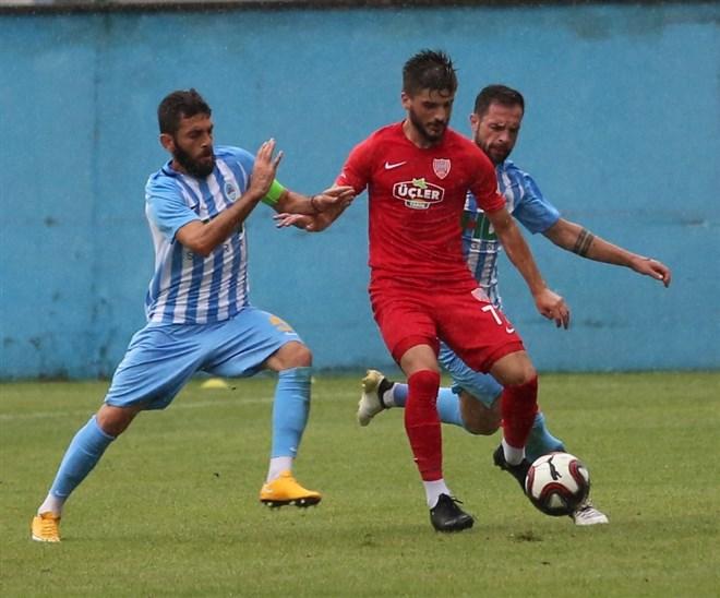 Pazarspor, sahasında Nevşehir Belediyespor ile 0-0 berabere kaldı