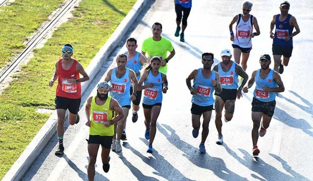 İzmir'de maraton heyecanı yaşandı!