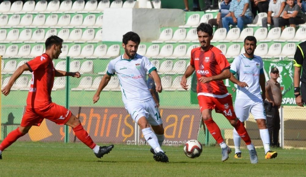 Kırşehir Belediyespor, Kastamonuspor 1966'yı 1-0 mağlup etti
