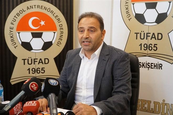 """Fuat Çapa, Başkan Taş'a """"Eskişehirspor'a nasıl bir zarar verdim?"""" diye sordu"""