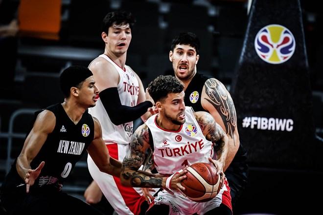 A Milli Basketbol Takımı olimpiyat için ter dökecek