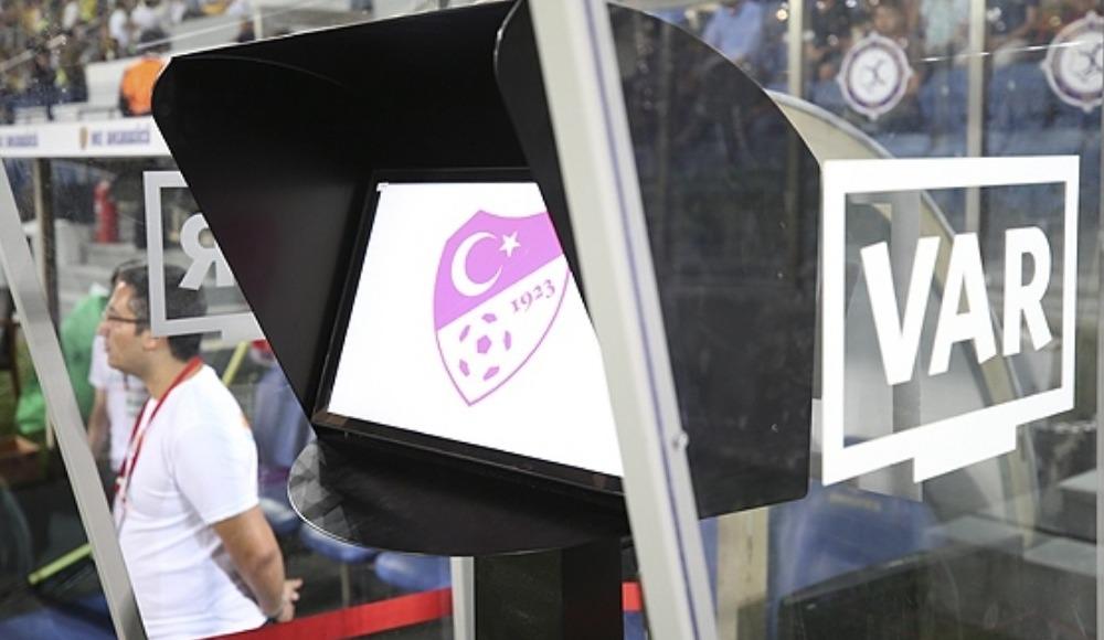 """Alpay Köse: """"Taç pozisyonu, VAR protokolü dışında"""""""