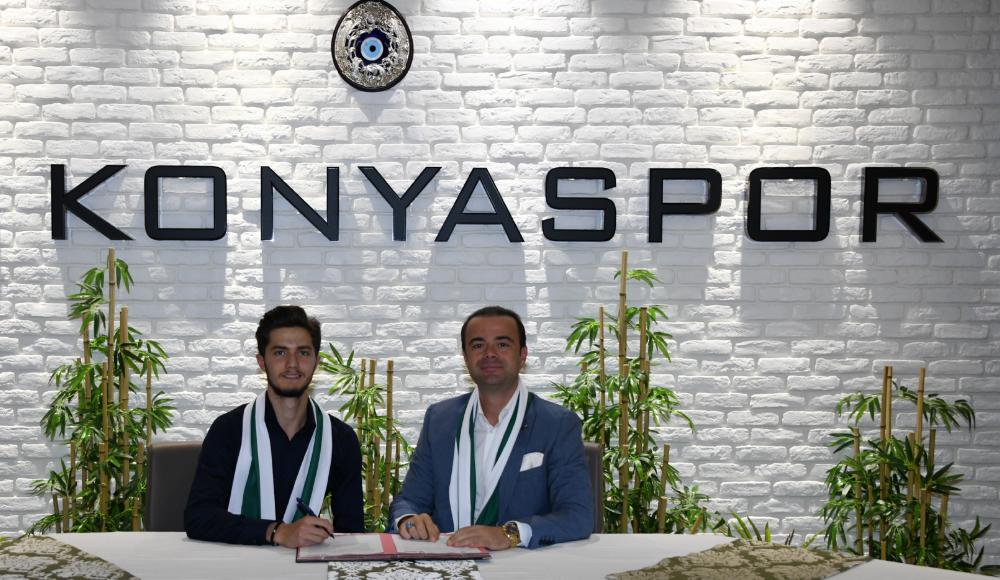 Konyaspor'da 3 imza birden!
