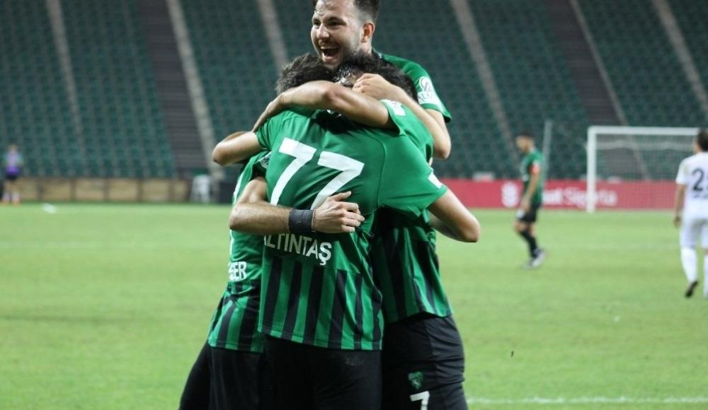 Kocaelispor, Gölcükspor'u 3-1 mağlup ederek bir üst tura yükseldi