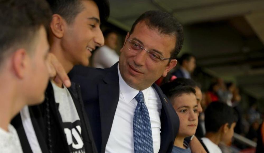Ekrem İmamoğlu, Galatasaray-Kasımpaşa maçını takip etti