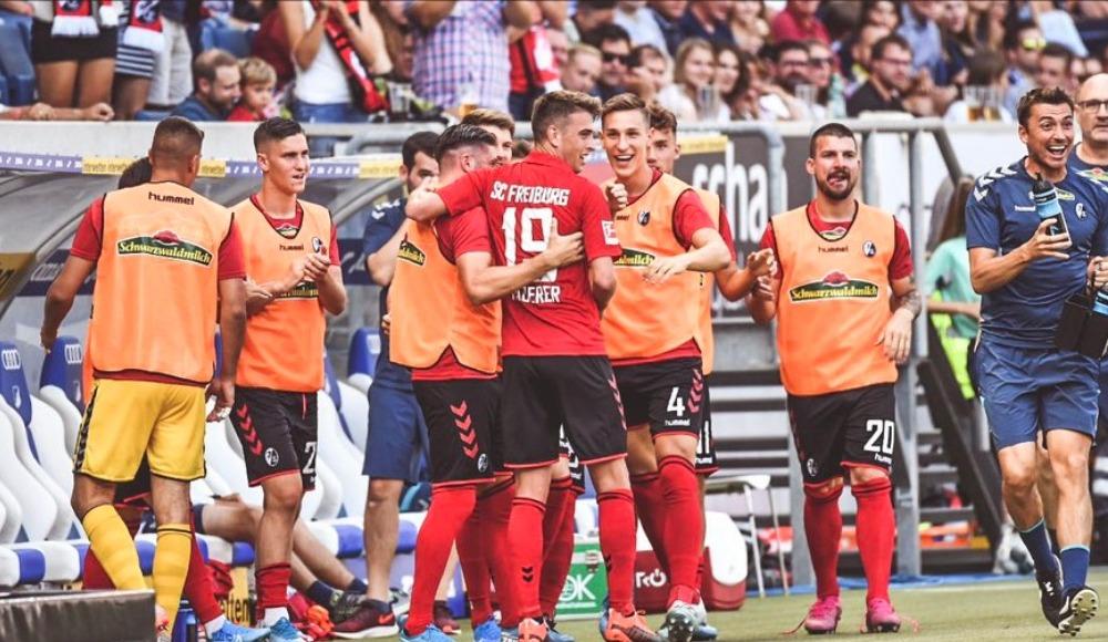 Freiburg gol oldu yağdı!