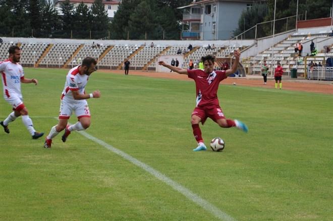 Tokatspor, sahasında Kızılcabölükspor'a 2-1 mağlup oldu