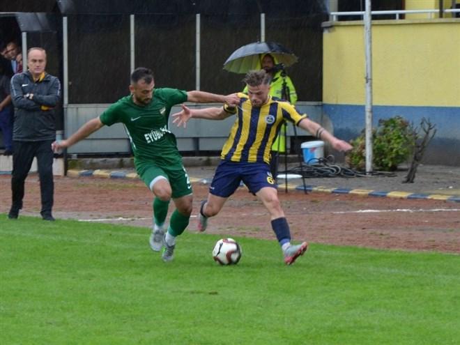 Fatsa Belediyespor, sahasında Büyükçekmece Tepececikspor ile berabere kaldı