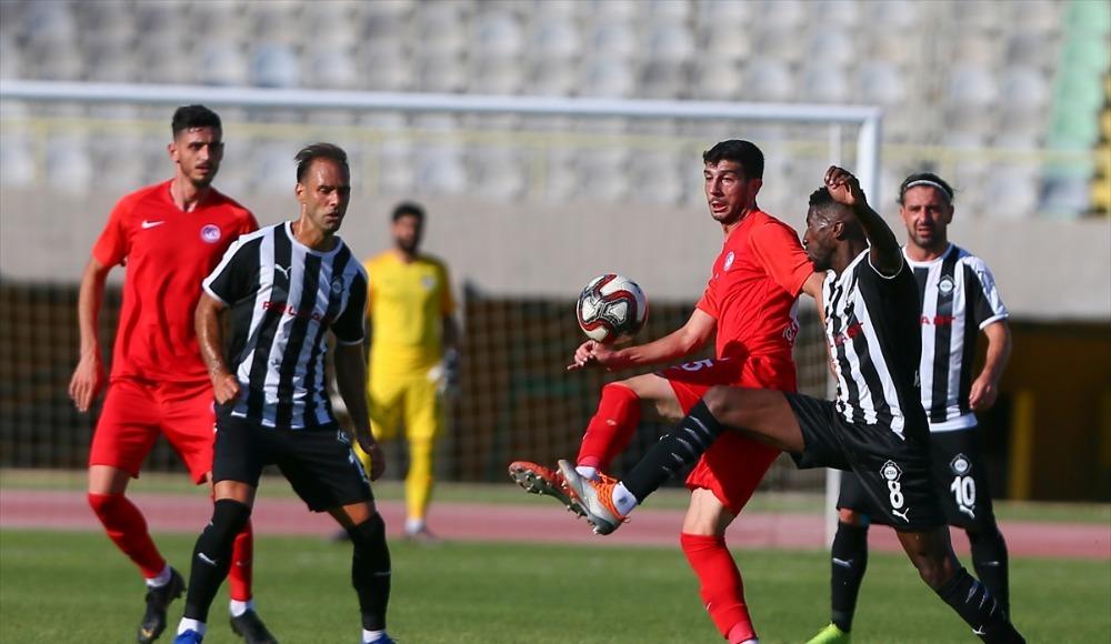 İzmir'de sessizlik bozulmadı! 0-0