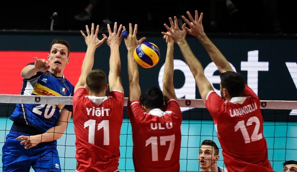 A Milli Erkek Voleybol Takımı, Avrupa Şampiyonası'na son 16 turunda veda etti
