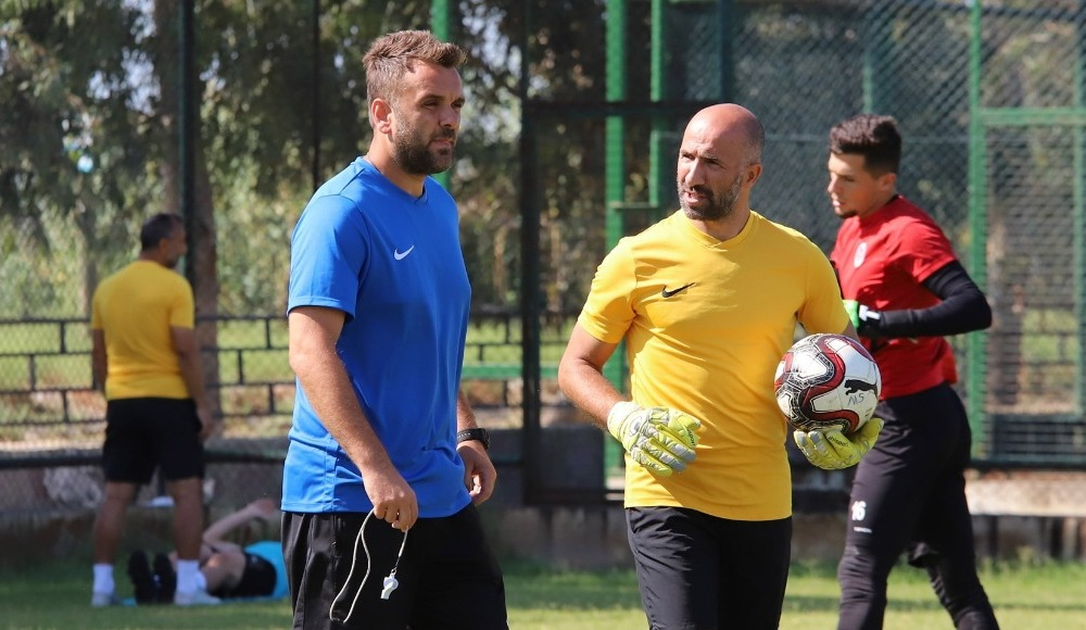 Ekol Göz Menemenspor'da teknik direktör Kurşunlu istifa etti