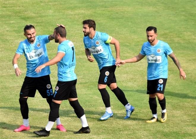 Menemenspor kupada tur atladı