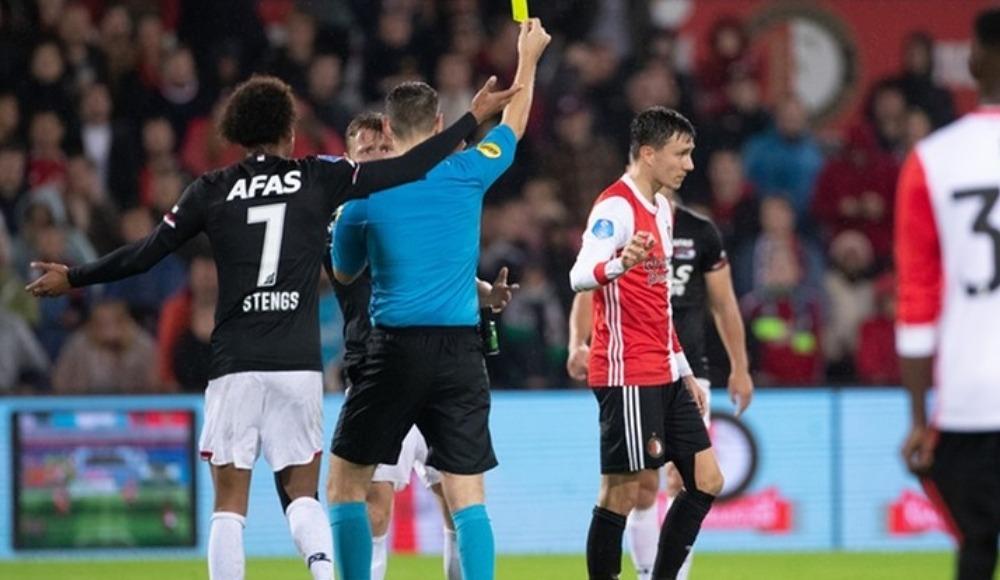 Hollanda'yı karıştıran pozisyon! Futbolculardan VAR isyanı...