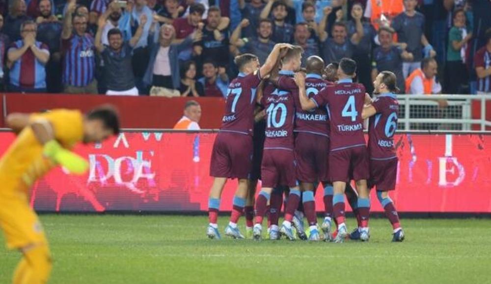 UEFA'dan Trabzonspor'a tribün kapatma cezası