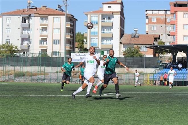 M.Yeşilyurt Belediyespor, sahasında Pazarspor'a yenildi