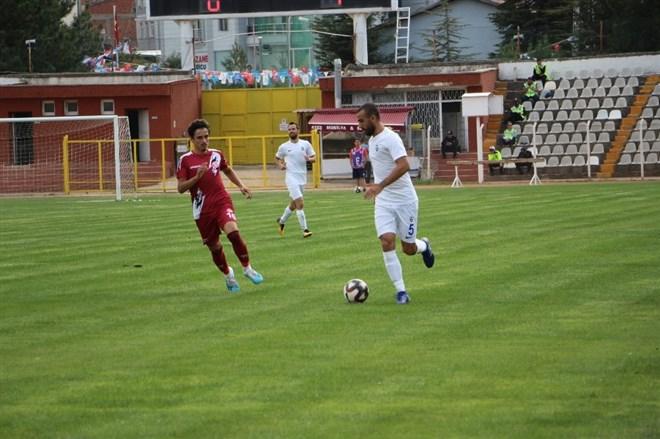 Tokatspor, sahasında Sultanbeyli Belediyespor'a 1-0 mağlup oldu