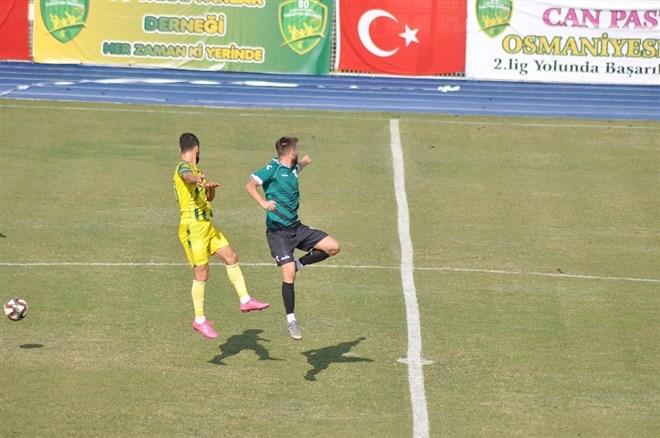 Osmaniyespor FK evinde Malatya Yeşilyurt Belediyespor'u 3-1 yendi