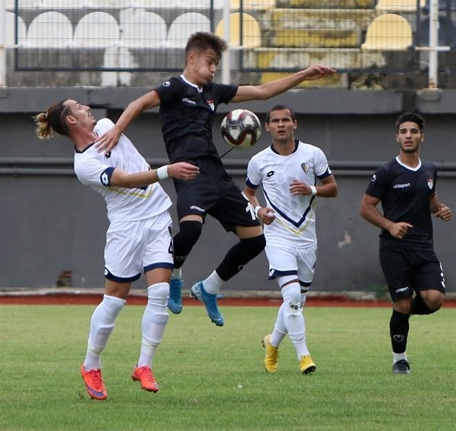 Manisaspor, sahasında ağırladığı Buca'ya 3-0 mağlup oldu