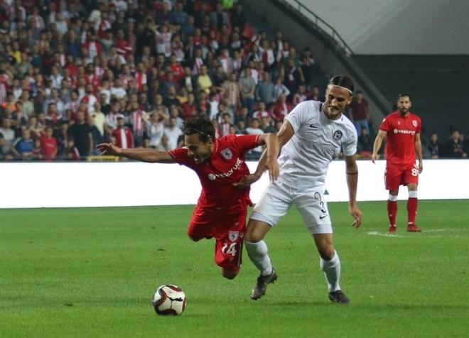 Samsunspor, Manisa Futbol Kulübü ile 2-2 berabere kaldı