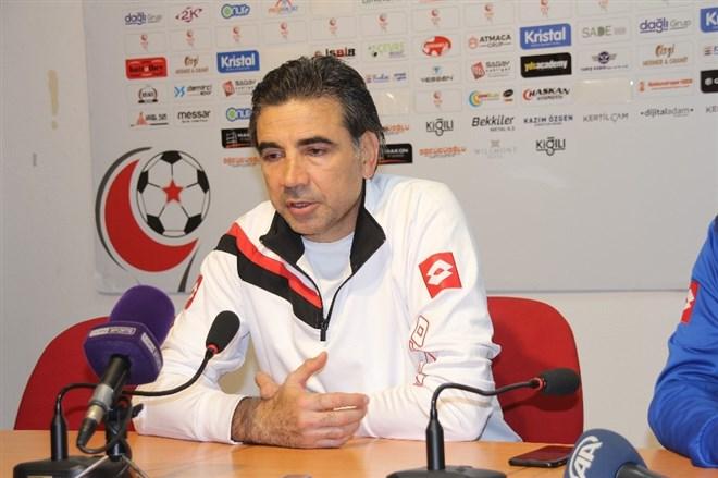 """Osman Özköylü: """"Takımımız her geçen hafta üzerine koyarak ilerliyor"""""""