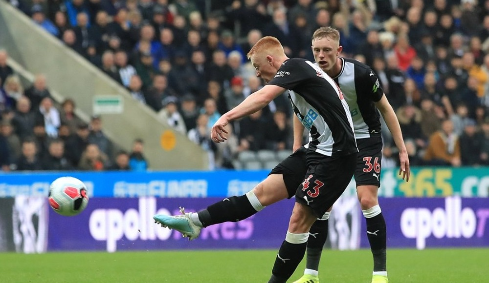Newcastle United, Manchester United'ı Longstaff ile devirdi! 1-0