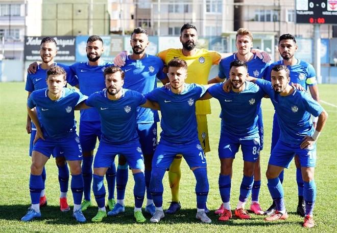 Tuzlaspor, sahasında Niğde Anadolu FK'yı 2-0 mağlup etti