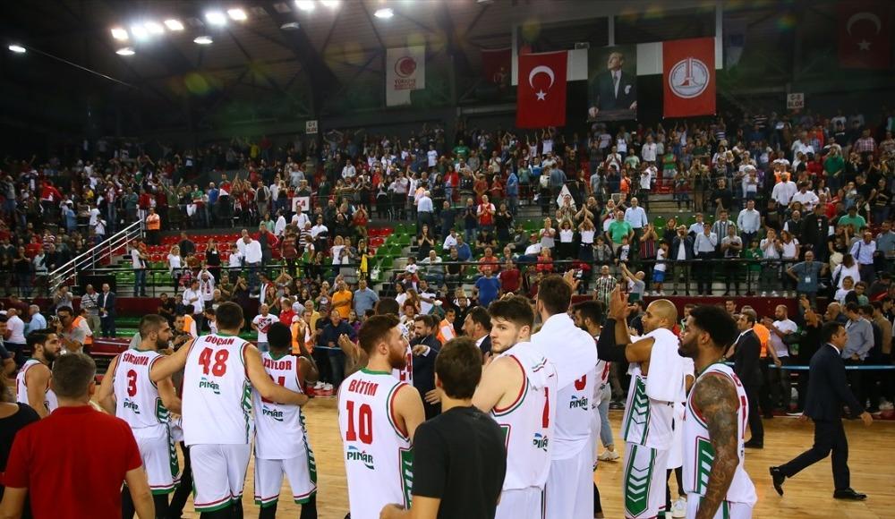Pınar Karşıyaka kazanarak gruplara kaldı!