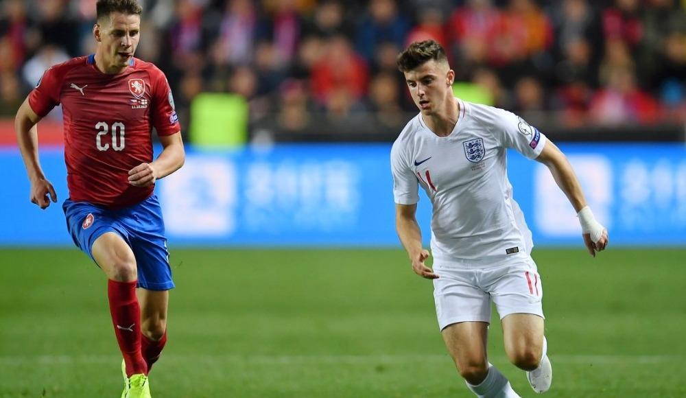 Çekya, İngiltere'yi devirdi! 2-1