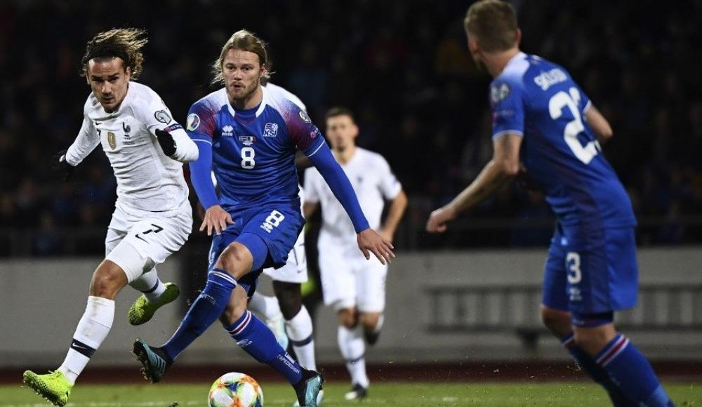 Fransa, İzlanda deplasmanında tek golle kazandı! 0-1