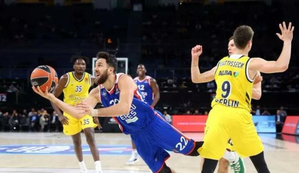 Haftanın MVP'si Anadolu Efes'ten Micic!