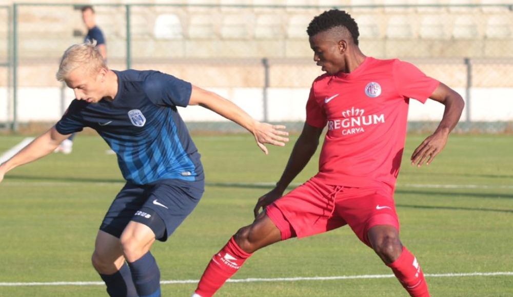 Antalyaspor, hazırlık maçında Desna Chernihiv'i 2-1 mağlup etti
