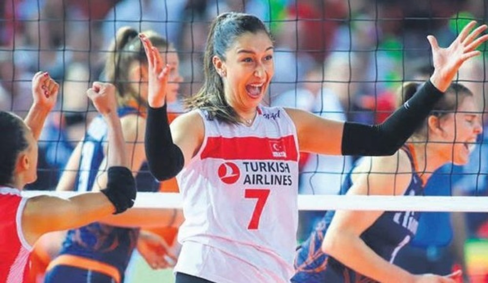 """Hande Baladın: """"İdolüm ile aynı takımda olduğum için çok heyecanlıyım"""""""