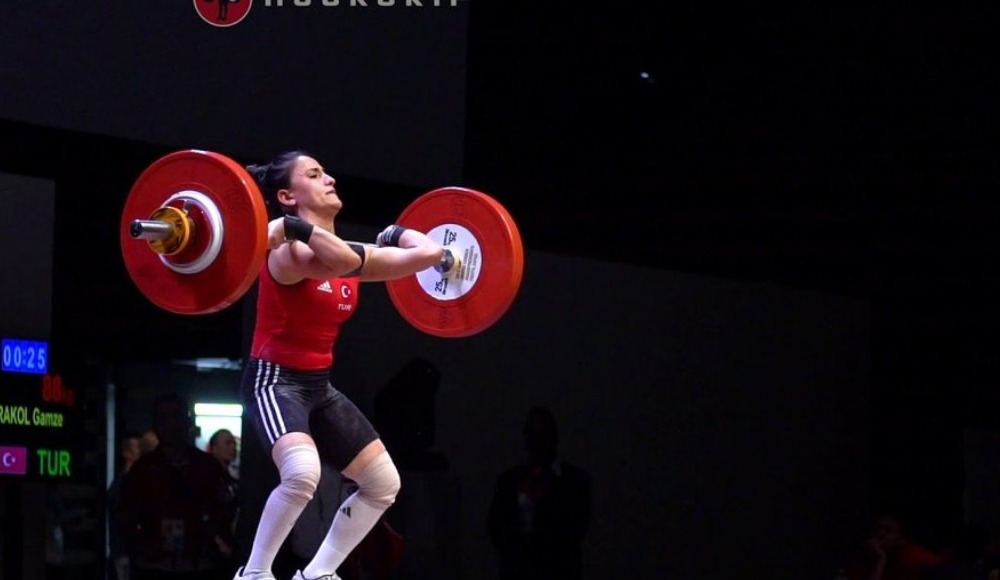 Genç halterci Gamze Karakol, Avrupa şampiyonu oldu