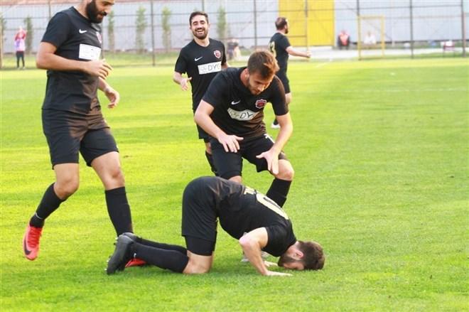 Gölcükspor, evinde Nevşehir Belediyespor'u 1-0 mağlup etti