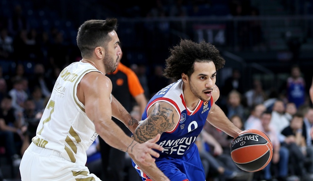 Anadolu Efes'ten Real Madrid'e fark!