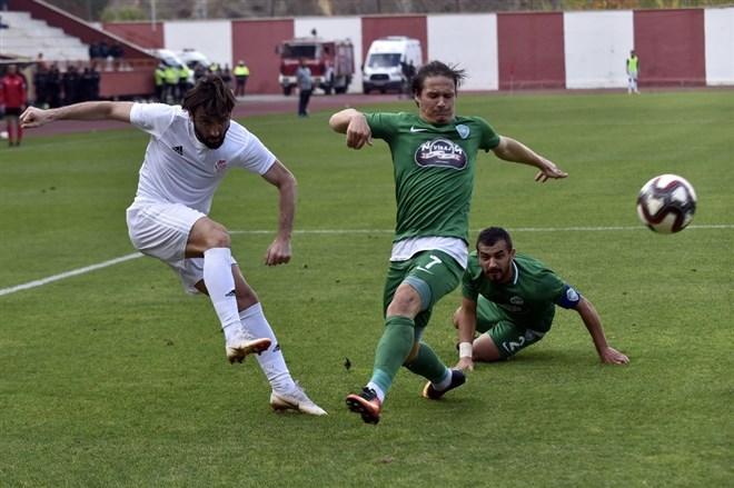 Gümüşhanespor, sahasında Kırklareslispor'u 2-1 mağlup etti