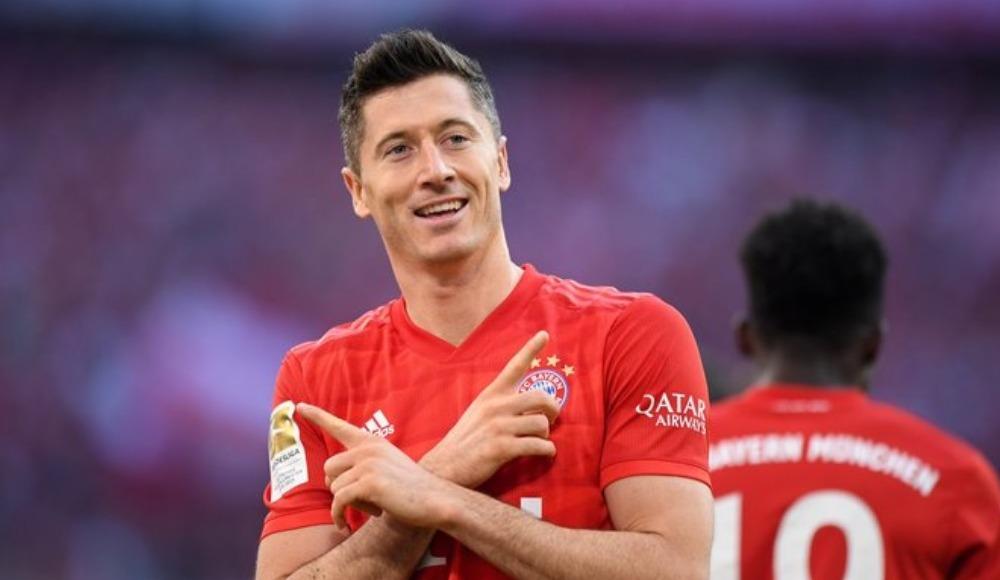 Robert Lewandwoski, Bundesliga tarihine geçti!