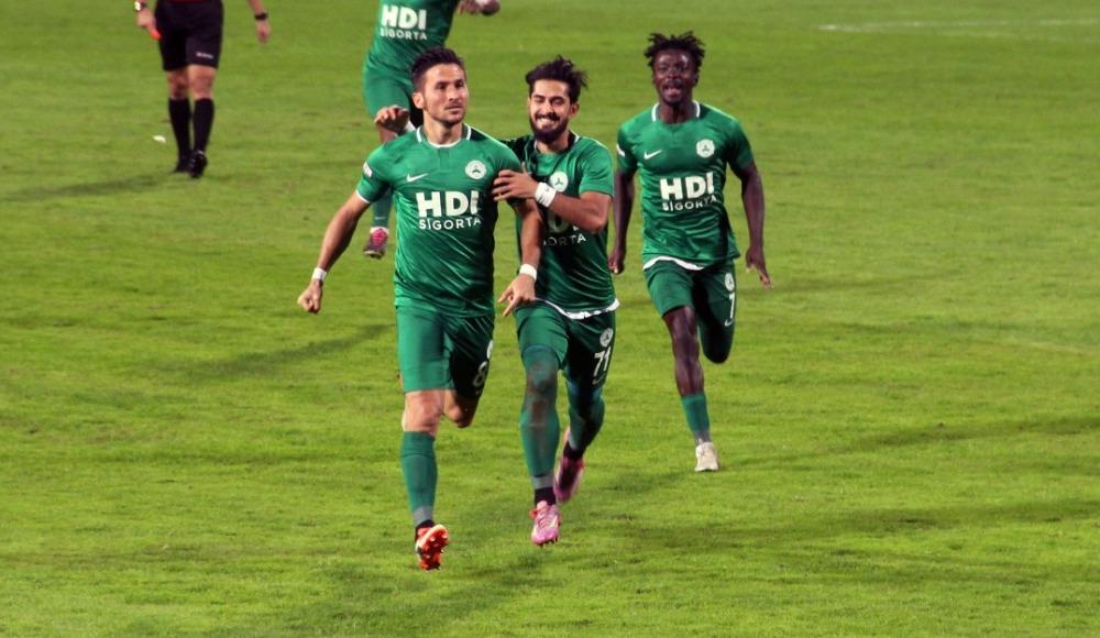 Giresunspor evinde 3 golle kazandı