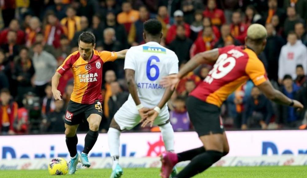 Galatasaray'dan bir ilk! Bu sezon...