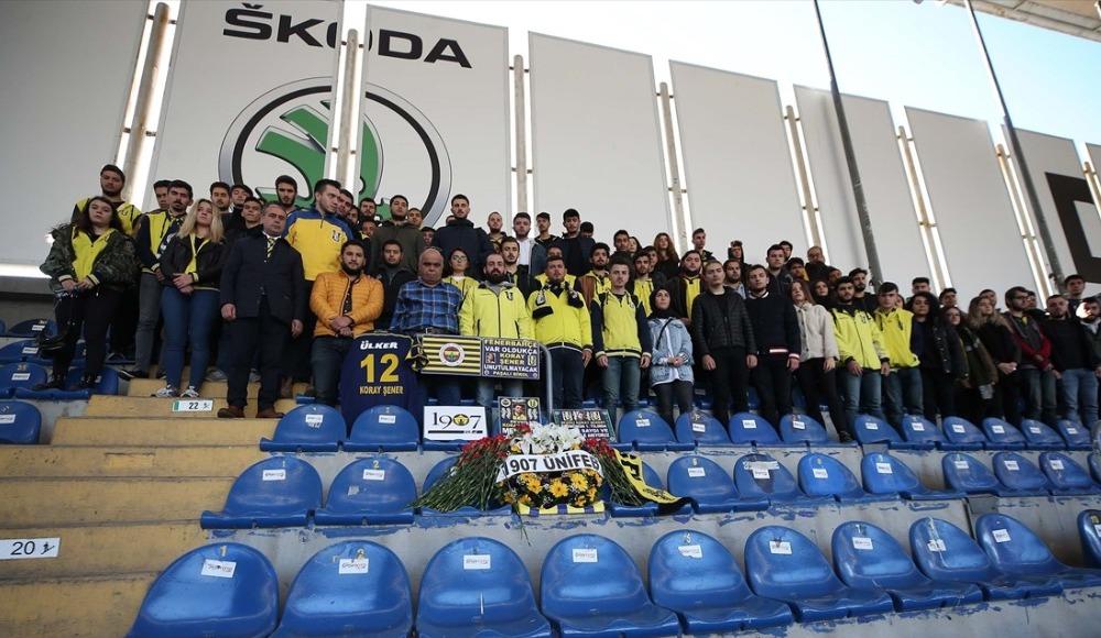 Fenerbahçeli taraftarlar, Koray Şener'i andı