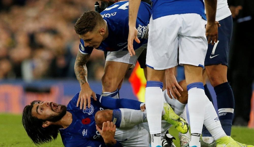 Everton'da şok! Ayağı kırıldı...