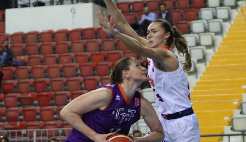 Çukurova Basketbol, TTT Riga'yı 60-55 yendi