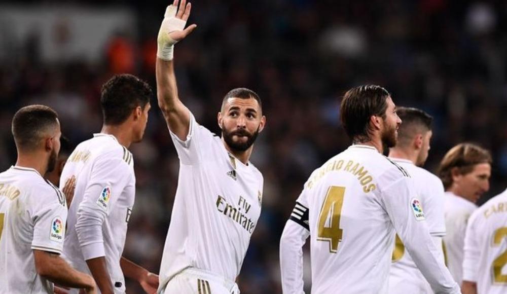 Benzema Real Madrid ile 50'yi buldu